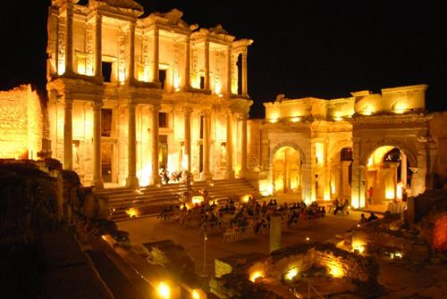 3-4PAX-Mini Packages Private Tour 2 Days/1Night covering Pamukkale and Ephesus by flight.